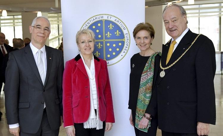 Elf neue ungarische Mitglieder in der Europäischen Akademie der Wissenschaften und Künste