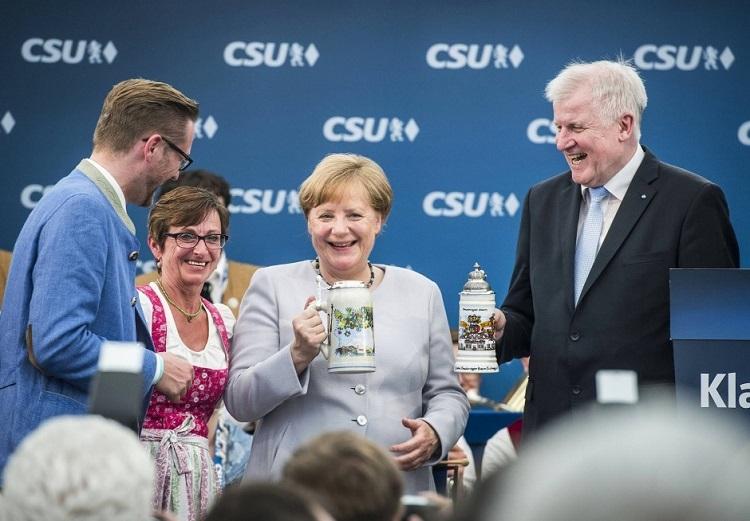 Ungarische Presseschau – Bierzeltrede von Angela Merkel post's picture