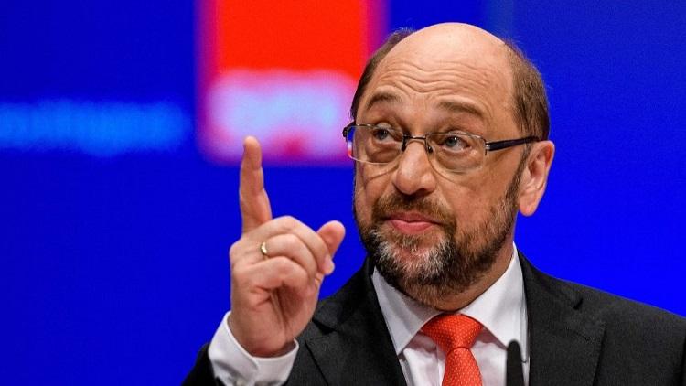 Szijjártó: Martin Schulz sollte sich statt Orbán mit seiner eigenen Partei beschäftigen post's picture