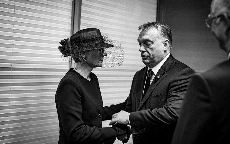 Ungarische Presseschau – Streit um Kohls politische Erbe post's picture