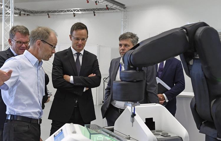 Besuch der ungarischen Außenminister bei Bosch in Stuttgart