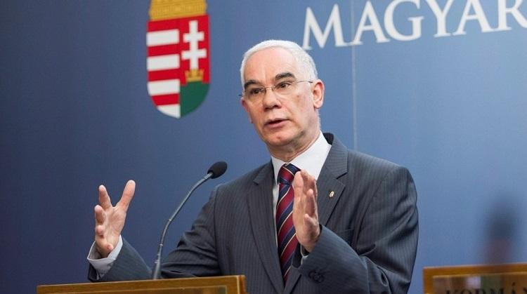 Humanminister Balog: EuGH-Urteil ist politisch motiviert und unverantwortlich post's picture