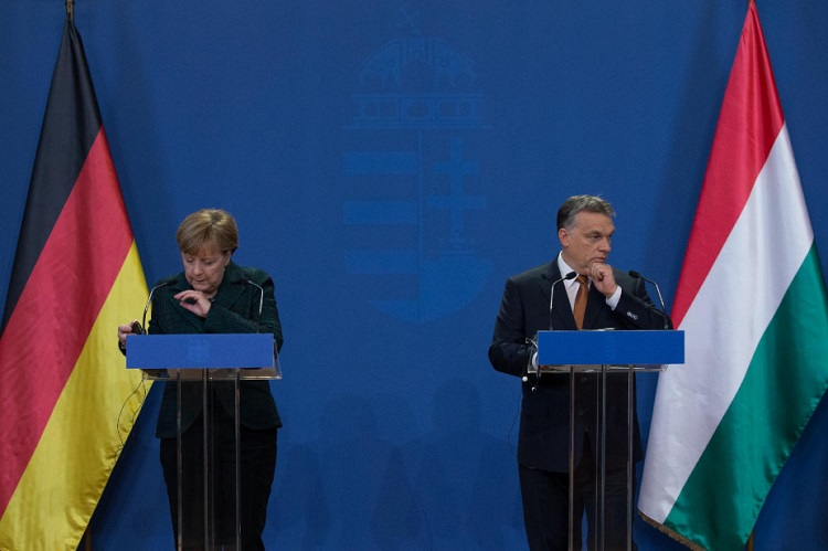 Merkels Botschaft an Orbán: Wir müssen reden