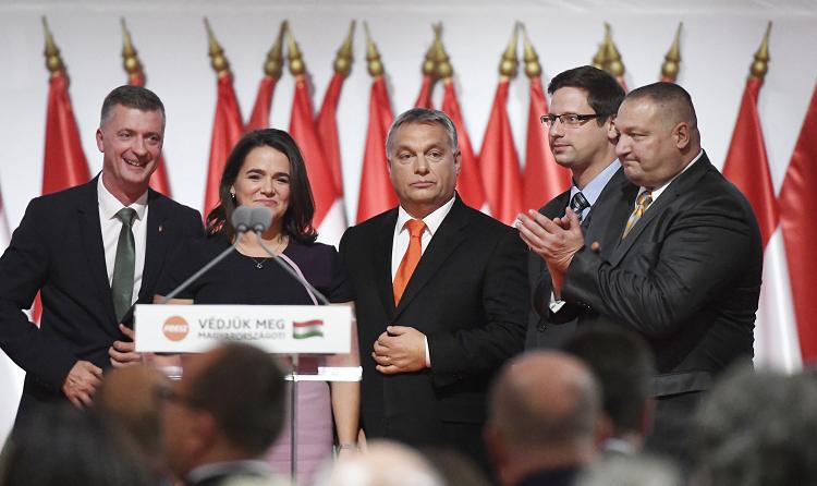 Ungarische Presseschau – Orbán als Fidesz-Parteichef wiedergewählt post's picture