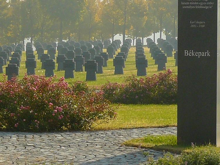 Volkstrauertag auf dem Soldatenfriedhof in Budaörs post's picture