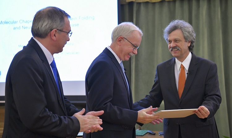 Franz-Ulrich Hartl erhielt Debrecen-Preis für Molekulare Medizin post's picture