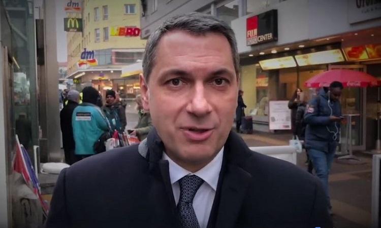 """""""Migranten machen Wiener Bezirk schmutzig, arm und unsicher"""" – János Lázárs umstrittenes Video post's picture"""