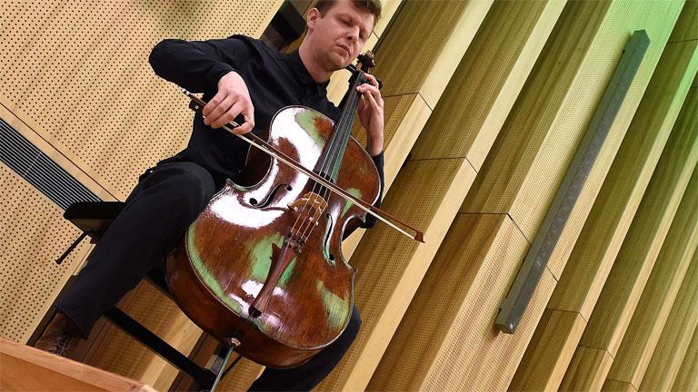 Riesengroße Anerkennung: der ungarische Cellist zum Abteilungsleiter der Wiener Akademie gewählt post's picture