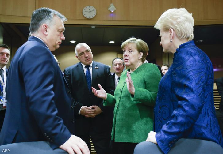 Népszava: Merkel lädt Orbán ein? post's picture
