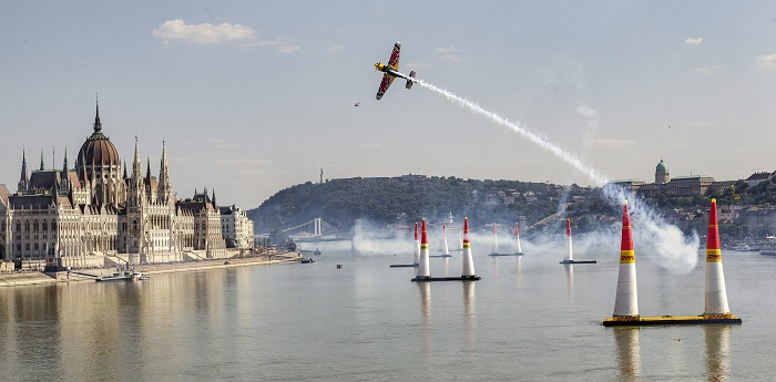 Petition zum Verbot Red Bull Air Race