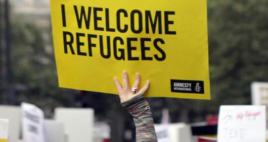 Bildergebnis für refugees welcome amnesty