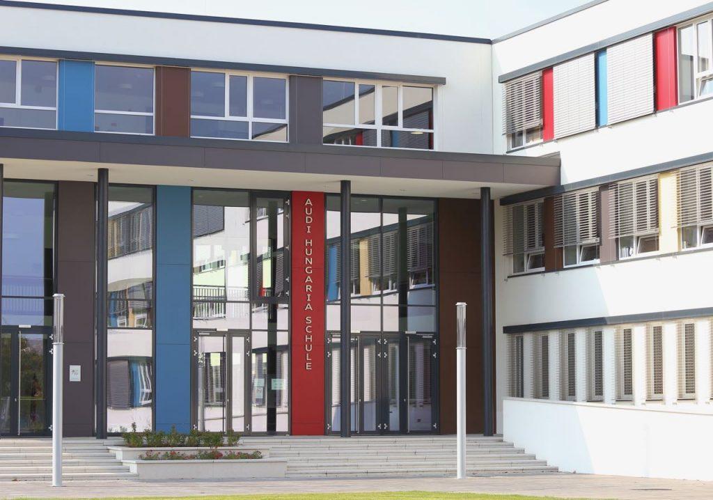 Freie Plätze in der Audi Schule