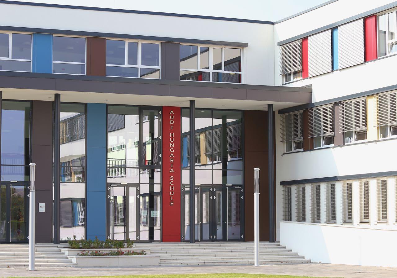 Freie Plätze in der Audi Schule post's picture