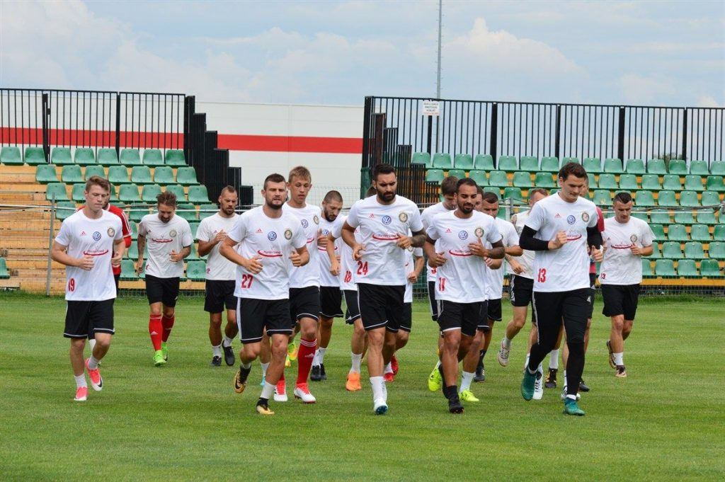 Brasilianer, Ukrainer, Grieche, Serbe, Rumäne, und Ungarn – das ist das ungarische NB1 Fußball-Team, Kisvárda post's picture
