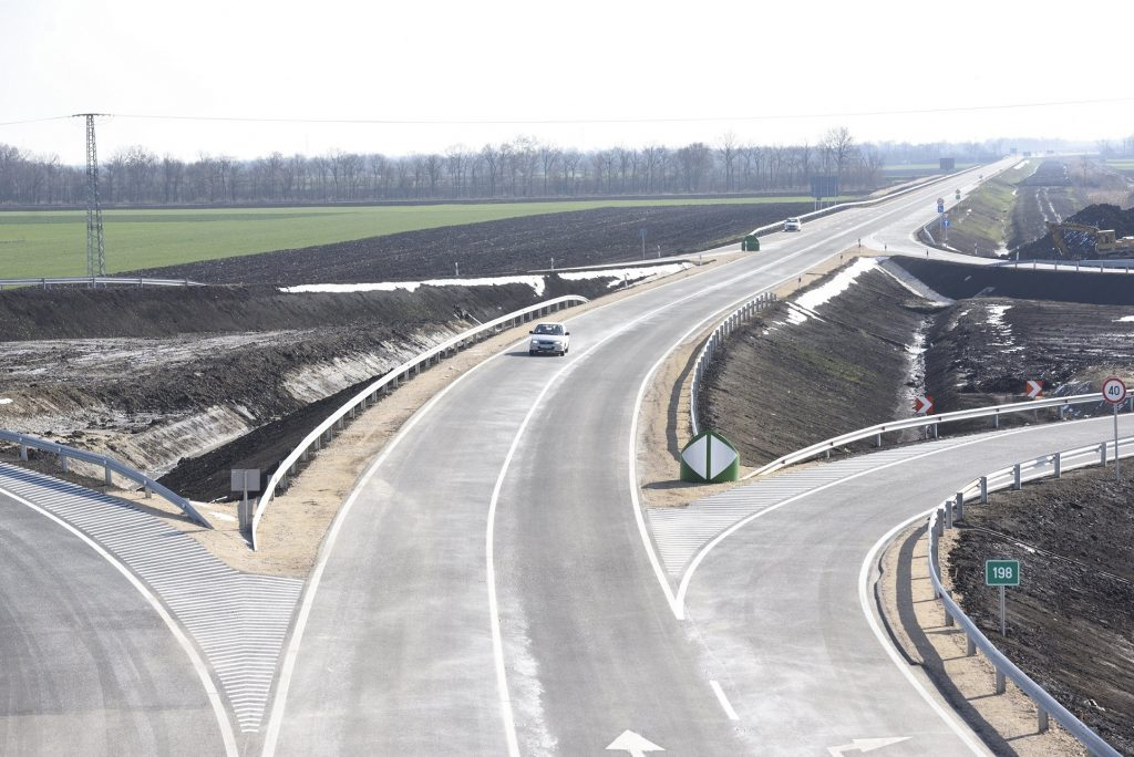 Straßenbau Projekt für Debrecen post's picture