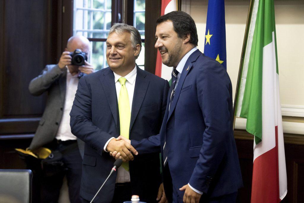 """Presseschau von """"Budapost"""": Orbán trifft italienischen Innenminister Salvini post's picture"""
