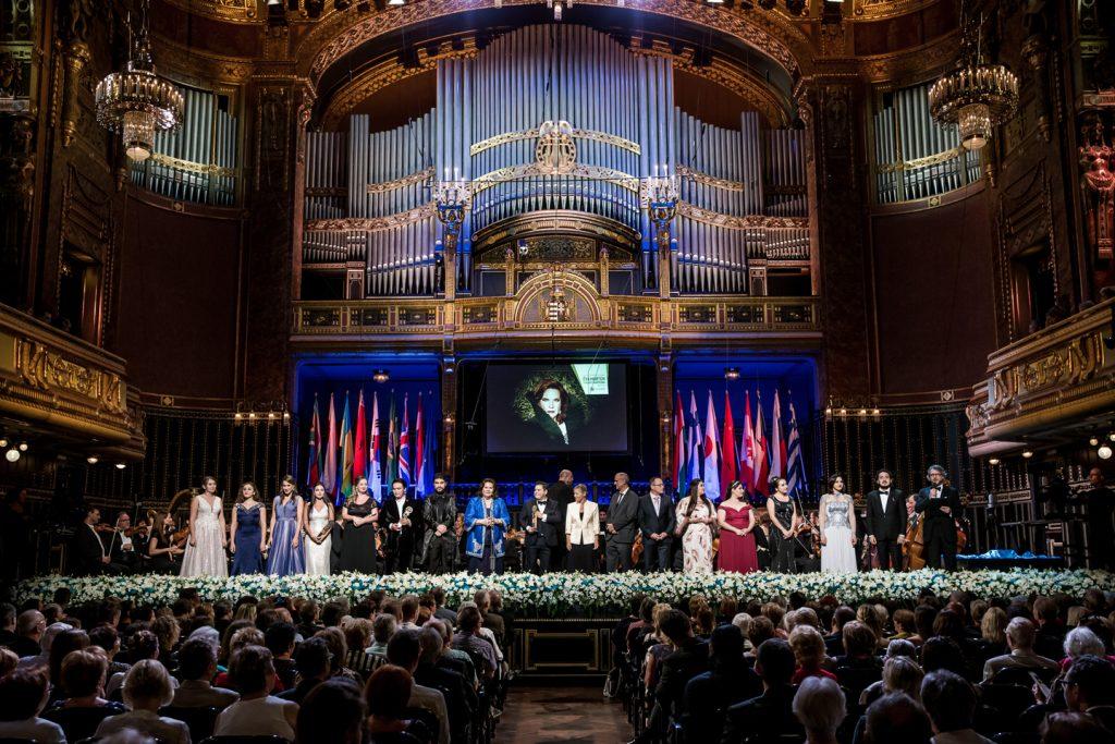 """Mexikanisch-amerikanischer Tenor ist Gesamtsieger am """"Éva Marton – Internationalen Gesangswettbewerb"""" post's picture"""