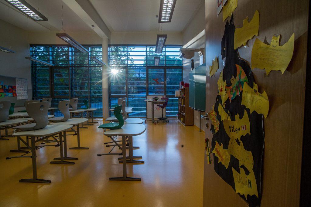 Grünen fordern die Regierung auf, die Schulen geschlossen zu halten