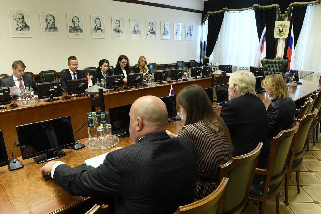 Szijjártó: Ungarn profitiert von den russischen wirtschaftlichen Beziehungen post's picture