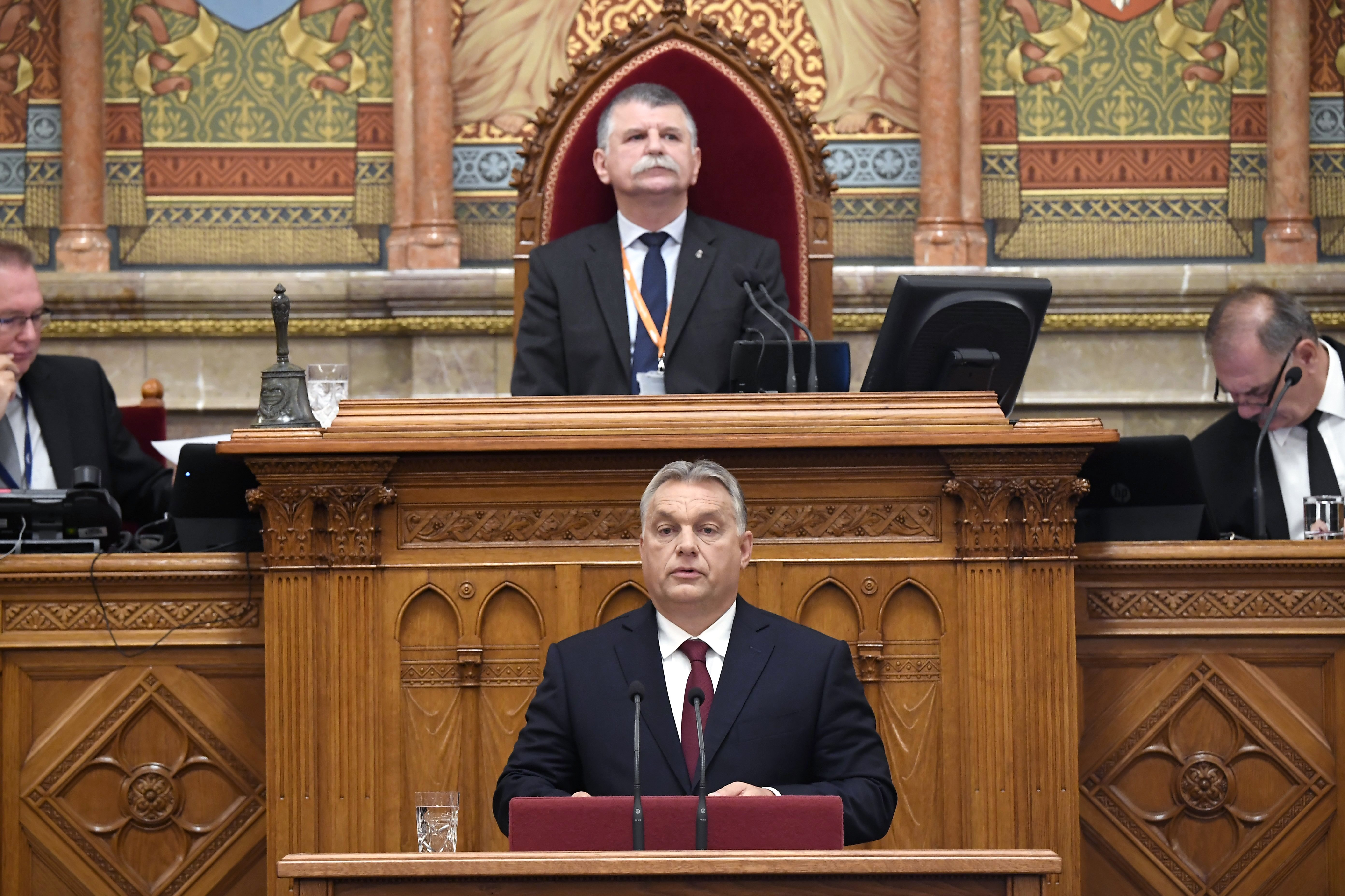 Orbán: Migration ist keine parteiische, sondern eine nationale Sache – erster Herbsttag im Parlament post's picture