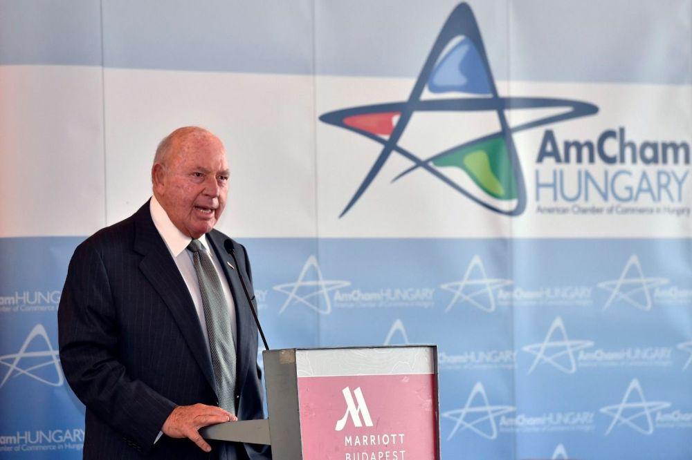 US-Botschafter lobt Wirtschaftsumfeld post's picture