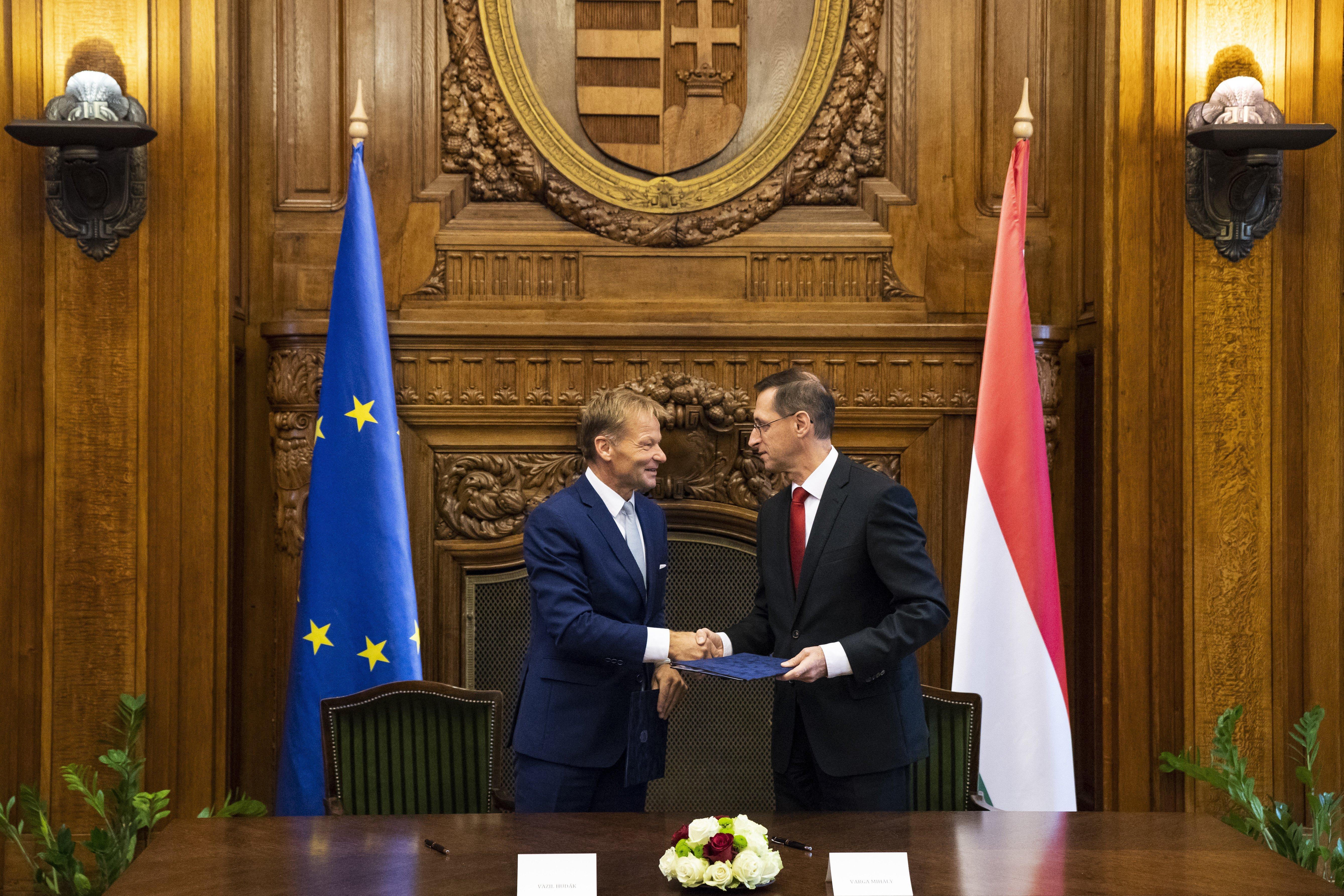 225 Mio. Euro – ein Kreditvertrag mit der EIB post's picture