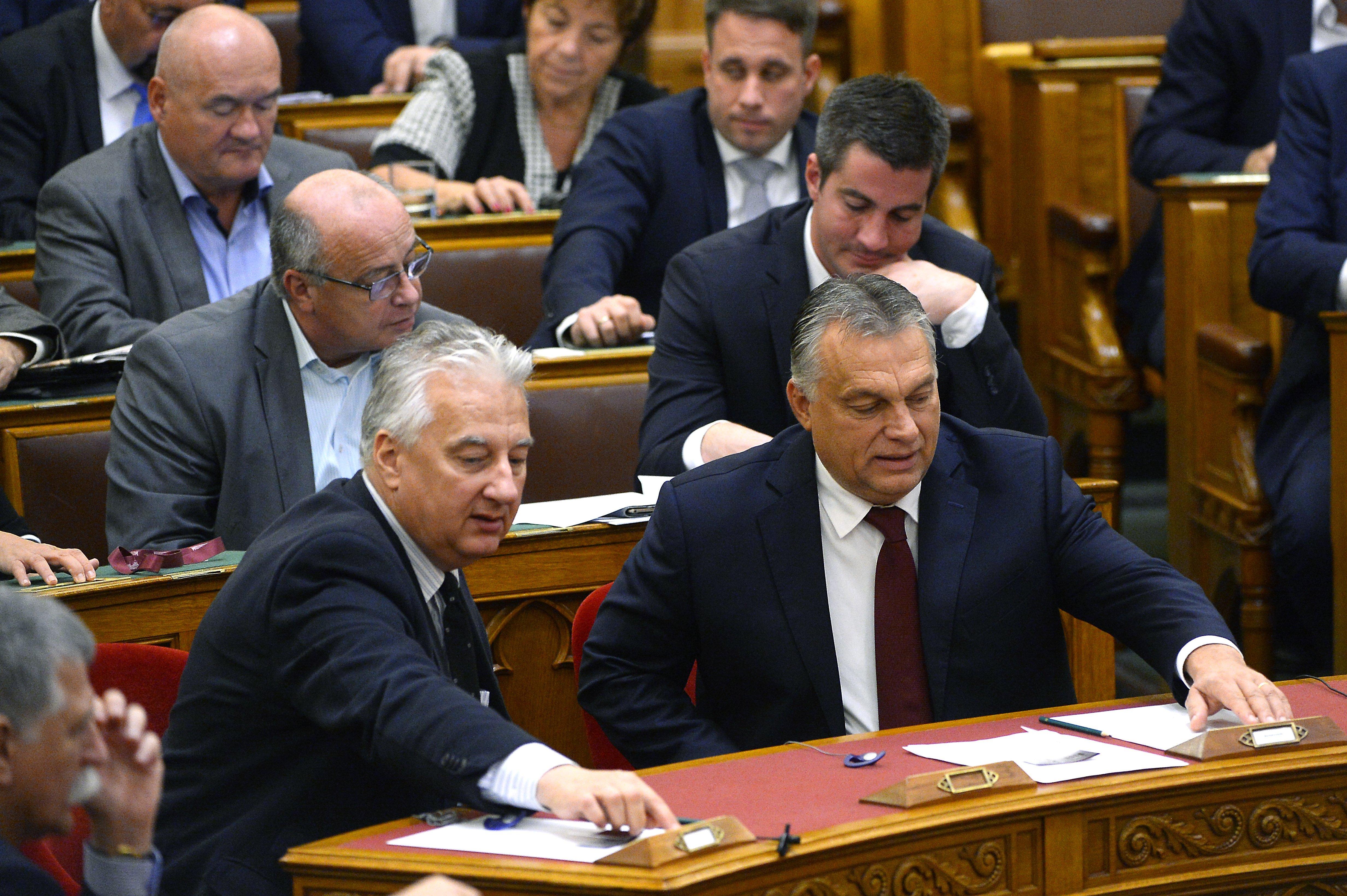 Orbán und der Luxusjet: Debatte im Parlament post's picture