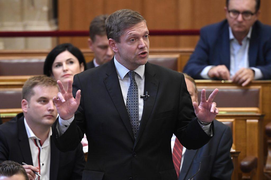 Presseschau von budapost: MSZP erodiert weiter