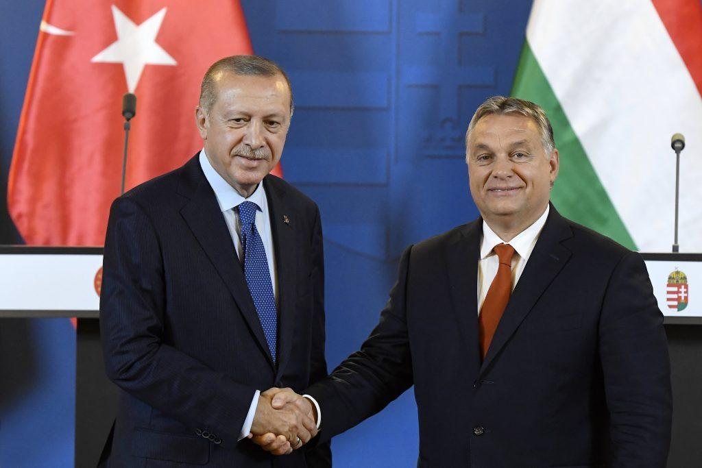 Erdoğan kommt nach Budapest post's picture