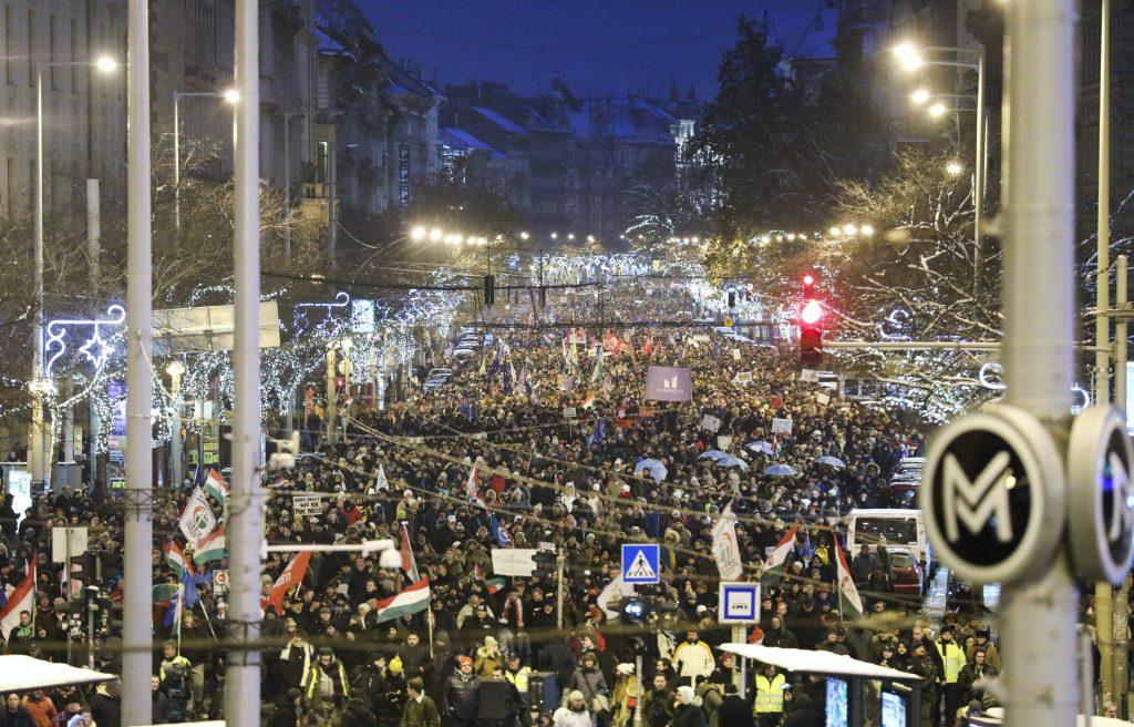 Zivilorganisationen, Oppositionsparteien demonstrieren erneut gegen die Änderung des Arbeitsgesetzbuches post's picture