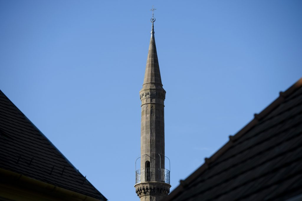 Rekonstruiertes Minarett in Eger fertiggestellt