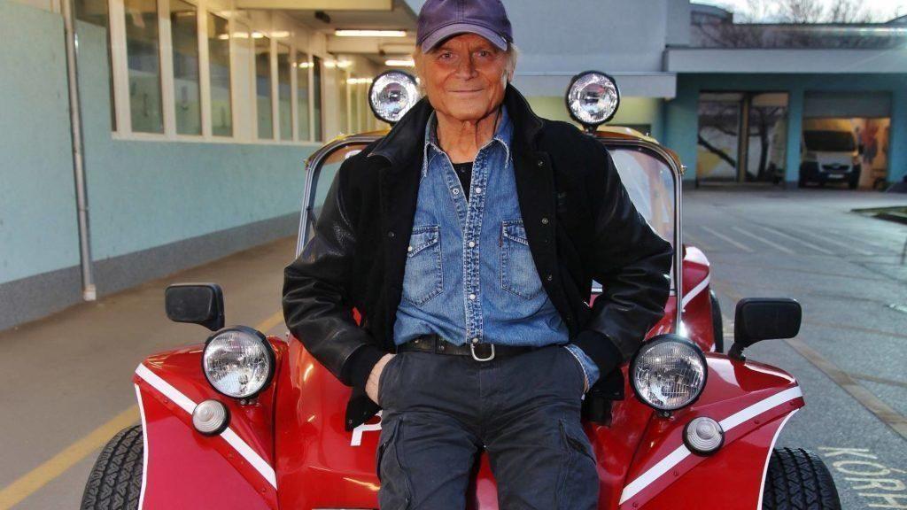 Terence Hill unterstützt ungarisches Kinderkrankenhaus