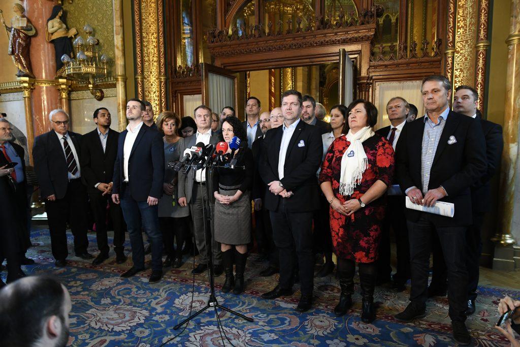 Budapost: Opposition rüstet sich für die Wahl im Frühjahr 2022