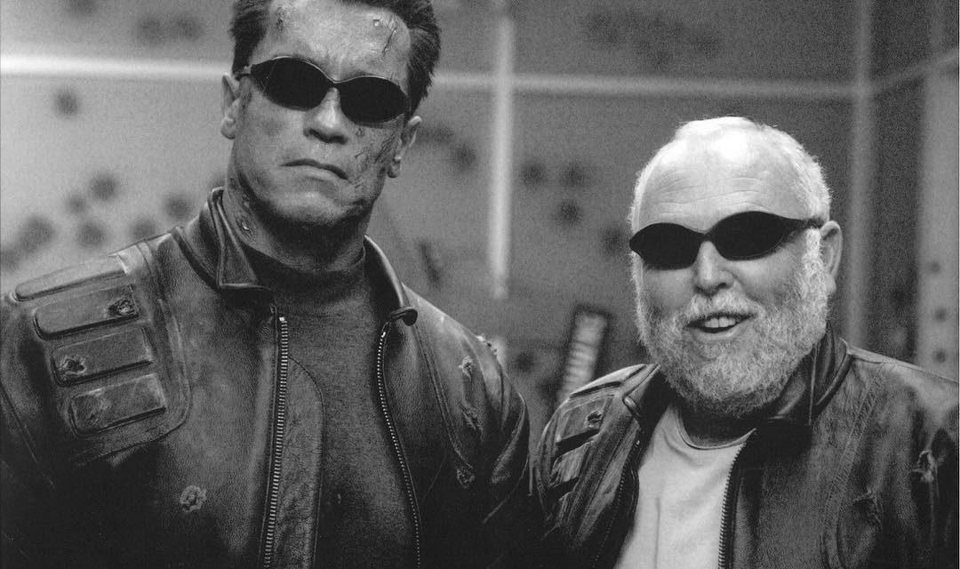 Schwarzenegger am Vajnas Grab: er sei mit nichts in die USA gekommen und wurde erfolgreich post's picture