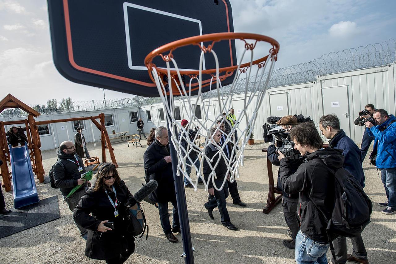 Straßburg fordert Ungarn auf, Lebensbedingungen der Asylsuchenden zu verbessern post's picture