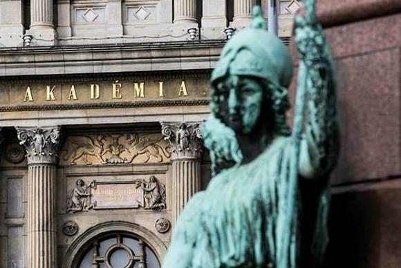 Trotz Vereinbarung: Ungarische Wissenschaftler fürchten um akademische Freiheit post's picture