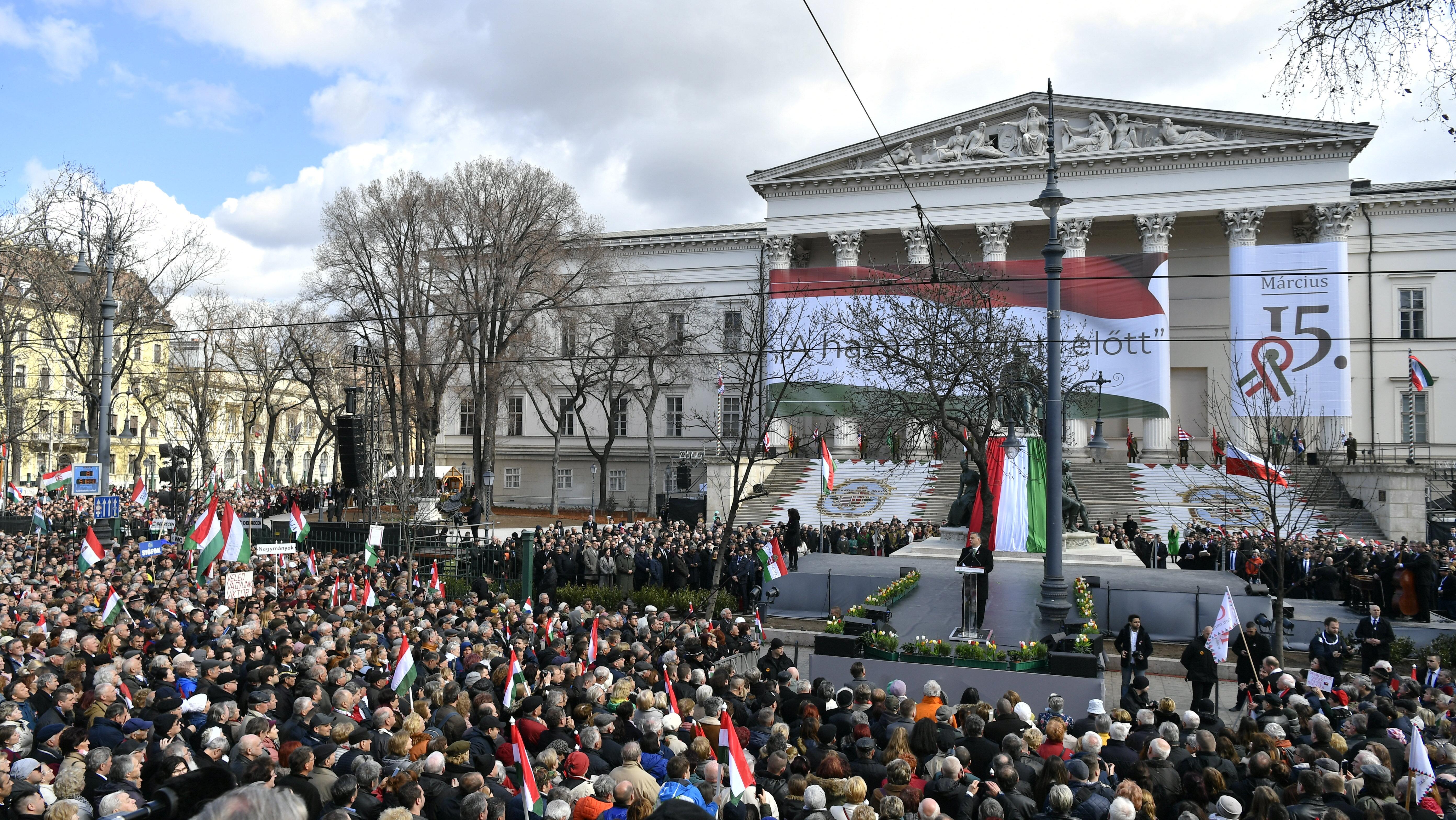 Der Fidesz am Feiertag des 15. März post's picture