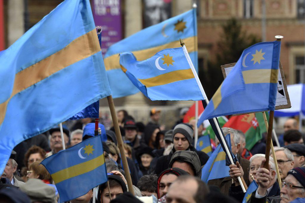 Ungarisches Ministerium unterstützt Demonstration für Szekler-Autonomie post's picture