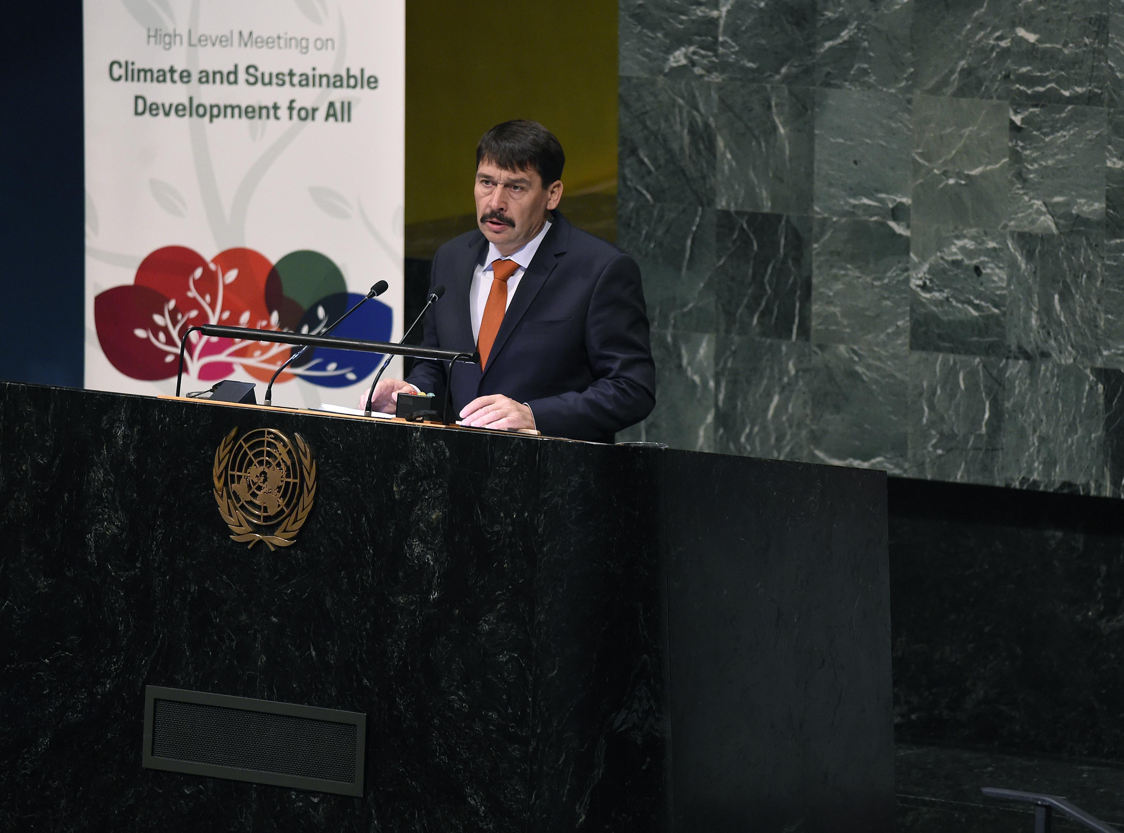 Präsident Áder: Pariser Klimaabkommen funktioniert nicht post's picture