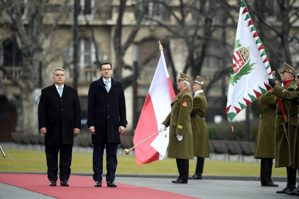 Orbán und Morawiecki laden Alle in einer gemeinsamen Videobotschaft zur Feier ein post's picture