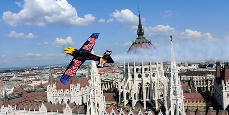 Red Bull Air Race über dem Balaton, bei Zamárdi post's picture