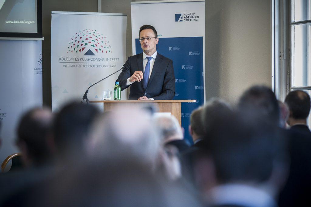 Wie können EU, Deutschland und Ungarn die Westbalkanstaaten fördern? post's picture