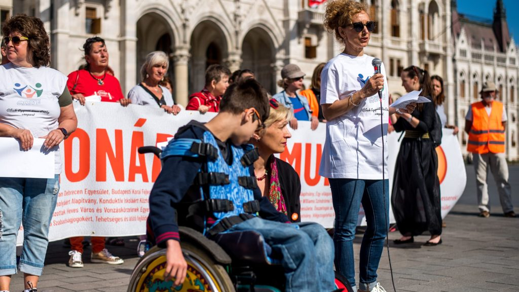Opposition will häusliche Pflege als Vollzeitbeschäftigung anerkennen post's picture