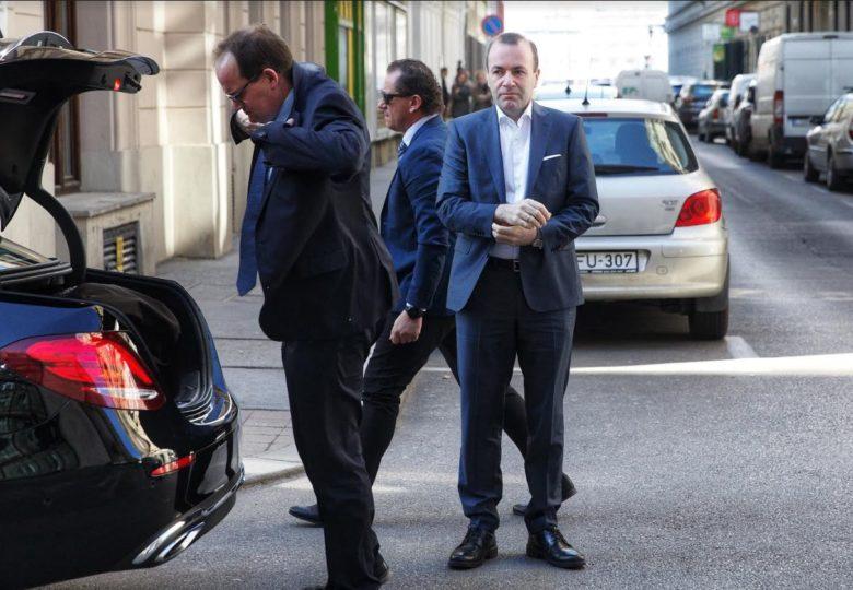 "Weber zu Besuch bei CEU – ""Ich will CEU in Budapest retten"" post's picture"
