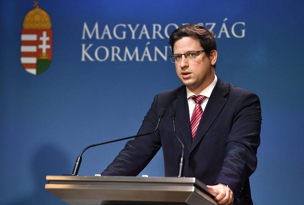 Minister Gulyás: In der Debatte über Fidesz-EVP-Mitgliedschaft geht es um Migration post's picture