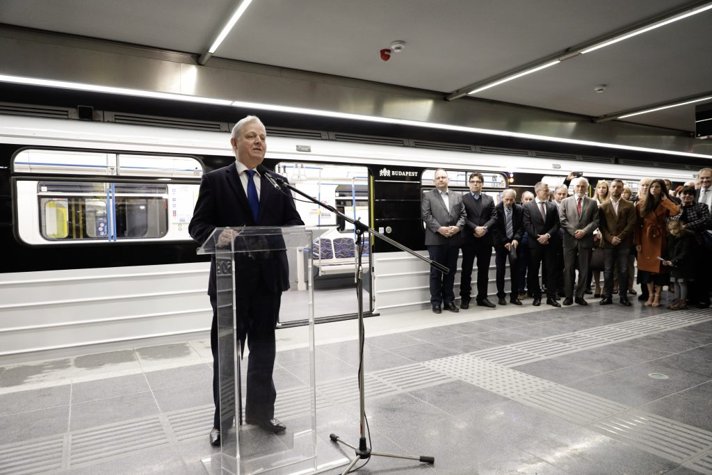 Budapest reicht Strafanzeige wegen renovierter U-Bahn-Züge ein