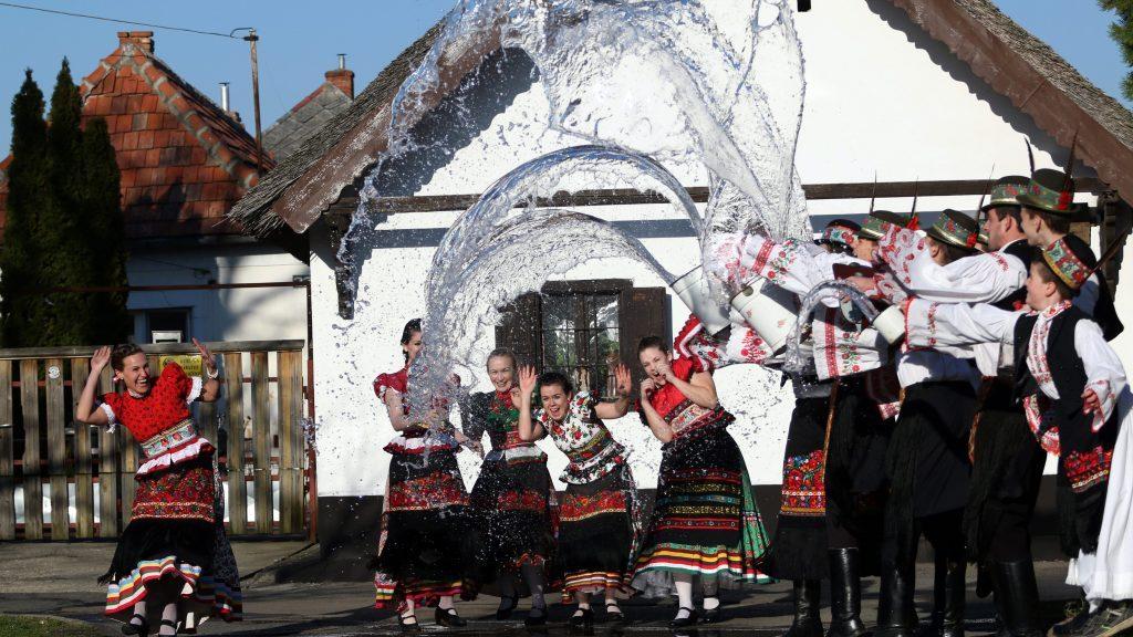 Ostern: Gebräuche und Orte in Ungarn