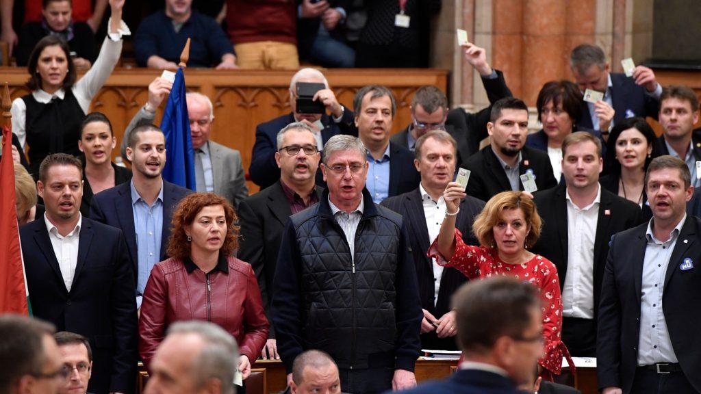 Opposition: Fidesz ignoriert die wirklichen Probleme Europas post's picture