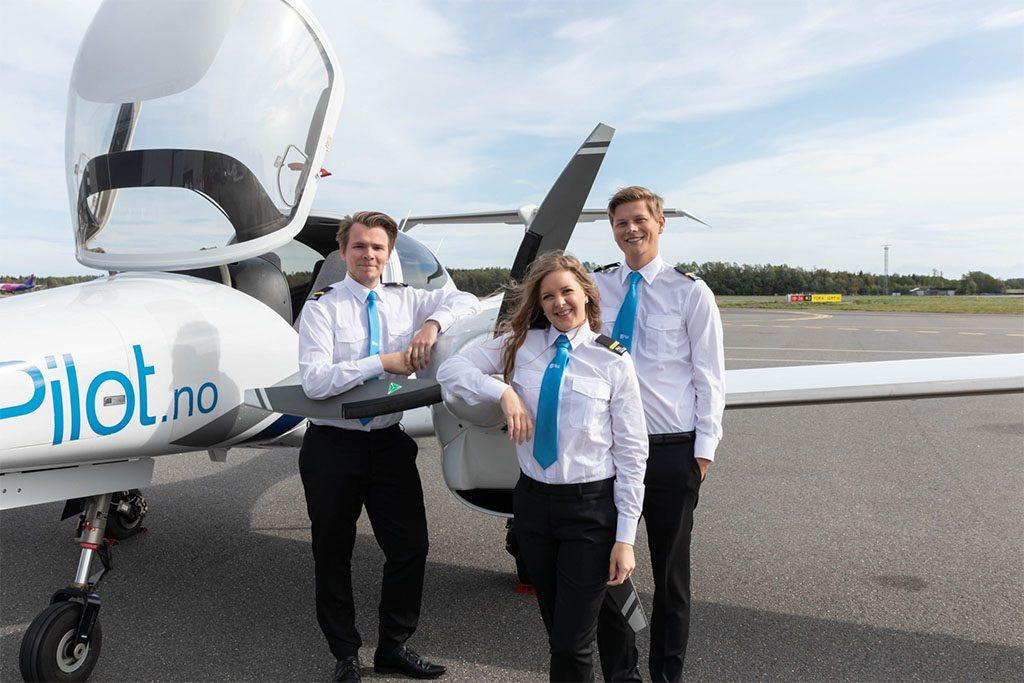 Norwegisches Ausbildungszentrum für Piloten am Balaton post's picture
