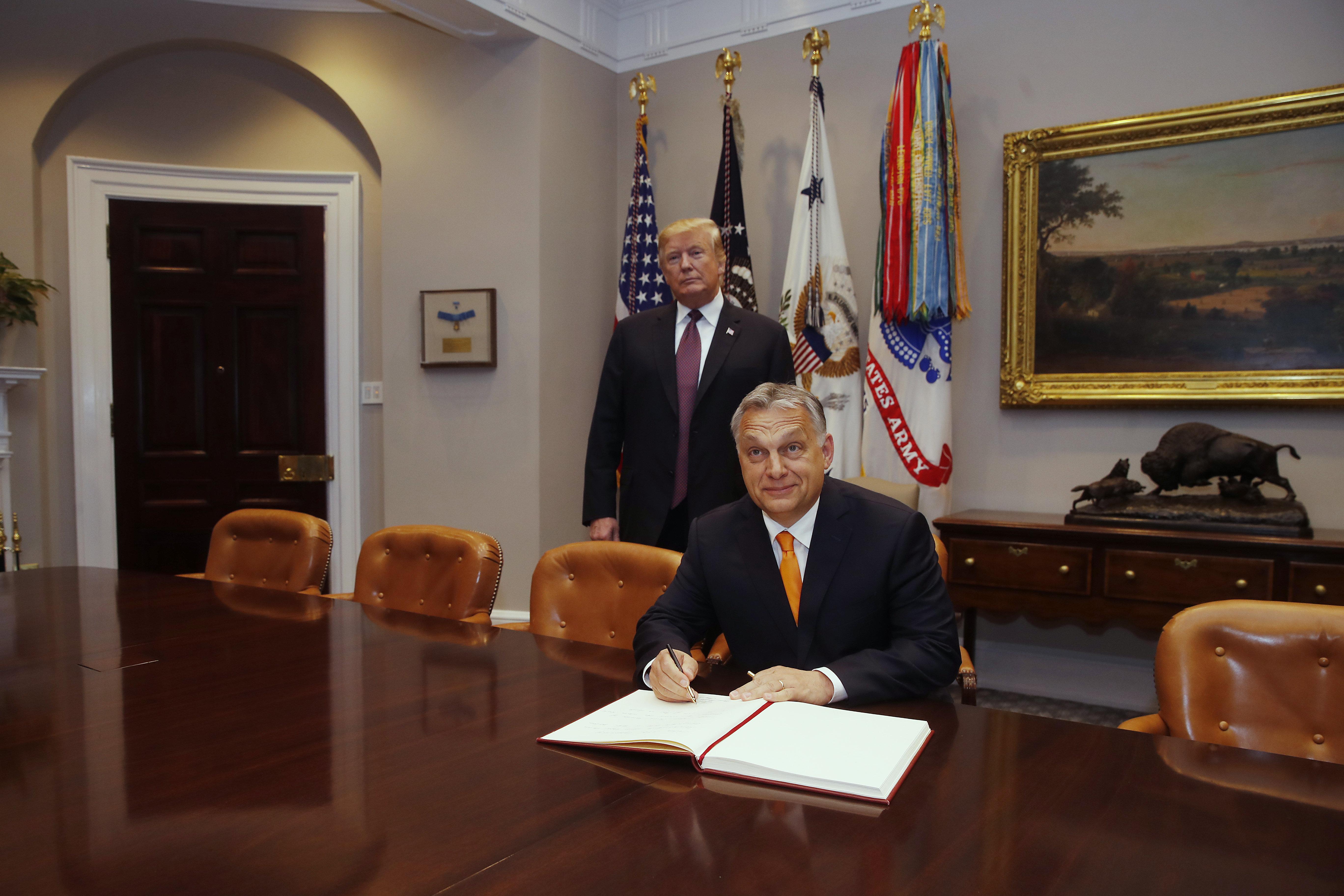 Presseschau von budapost: Orbán besucht Trump post's picture